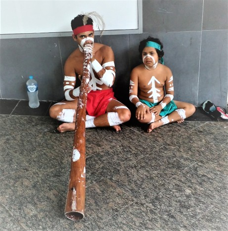 Aboriginal Buskers